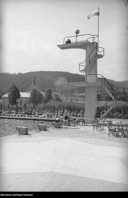 Obiekt Fragment miejskiego basenu. z jednostki Wisła