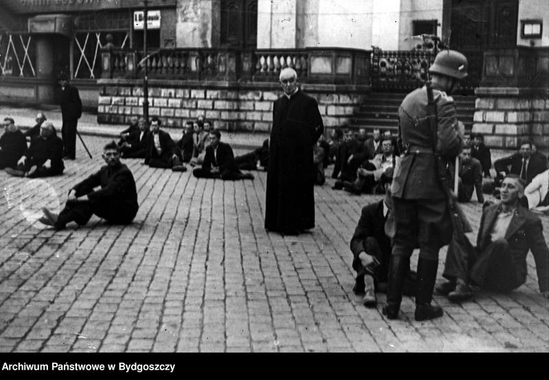 """Obraz 2 z kolekcji """"Wojna i okupacja hitlerowska w Bydgoszczy"""""""