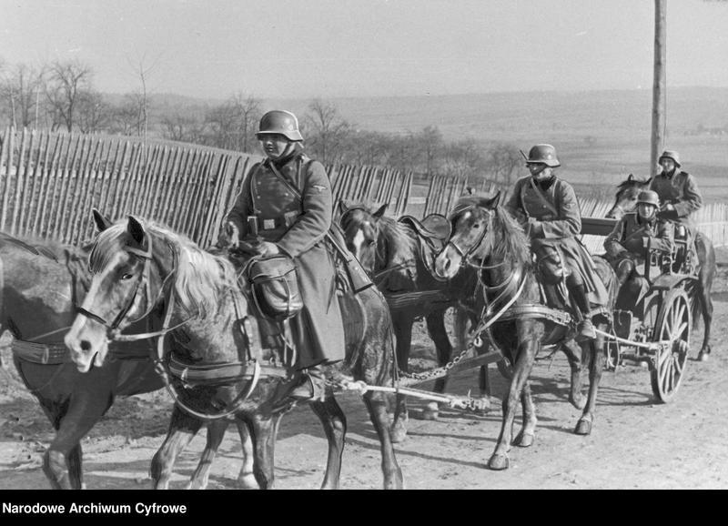 """Obraz 2 z jednostki """"Niemiecka artyleria konna w marszu"""""""