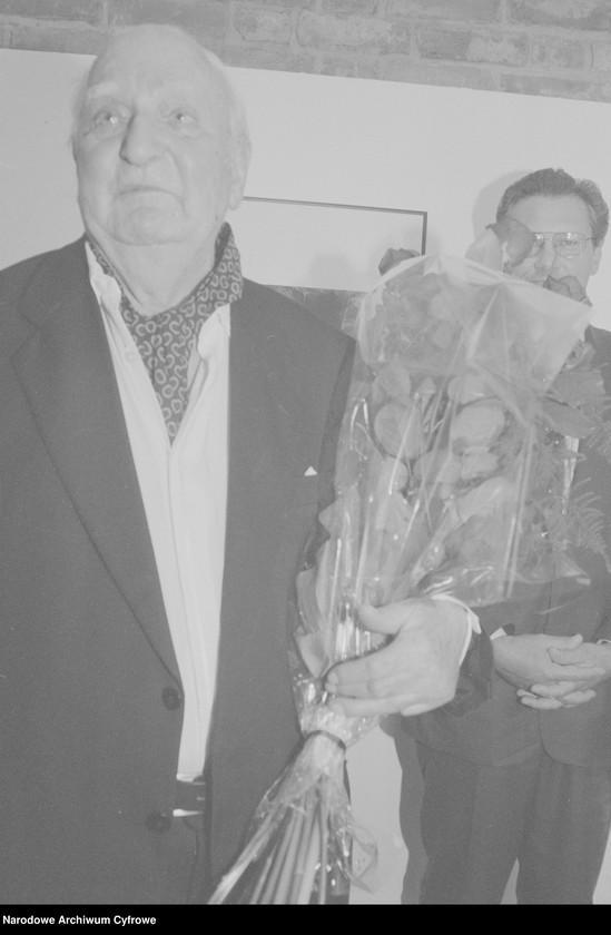 """Obraz 8 z jednostki """"Jubileusz Edwarda Hartwiga w Małej Galerii ZPAF w Warszawie. Wernisaż wystawy prac Katarzyny Fortuny. Andrzej Świetlik i Wojciech Tuszko. Wernisaż wystawy prac Samuela Skierskiego w Galerii Krytyków """"Pokaz"""""""""""