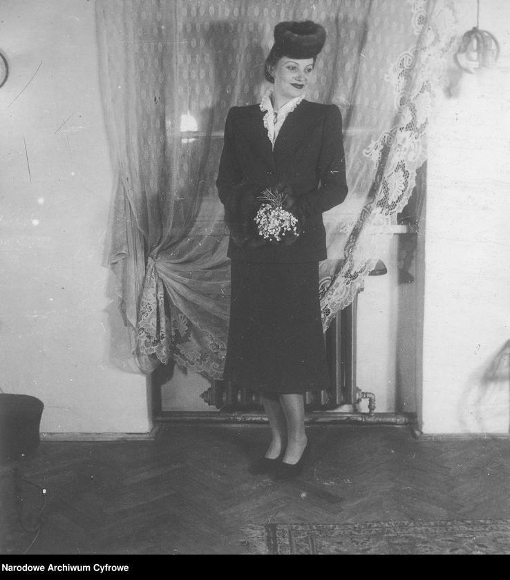 """Obraz 8 z kolekcji """"Moda damska lata 1940"""""""