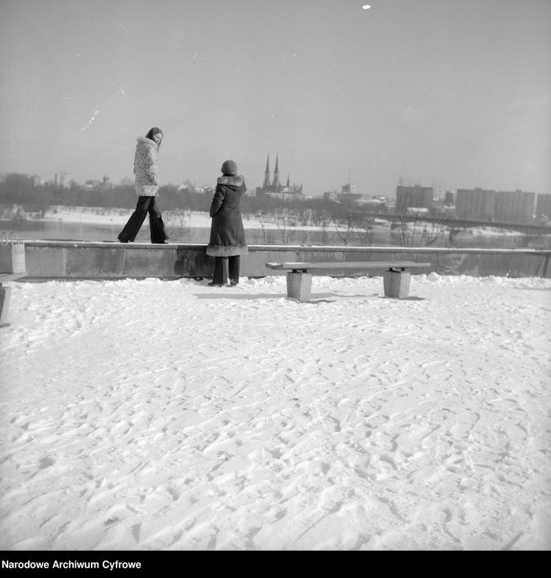 """Obraz 12 z kolekcji """"Zima w mieście"""""""