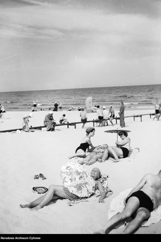 """Obraz 13 z jednostki """"Plaża w Gdyni"""""""