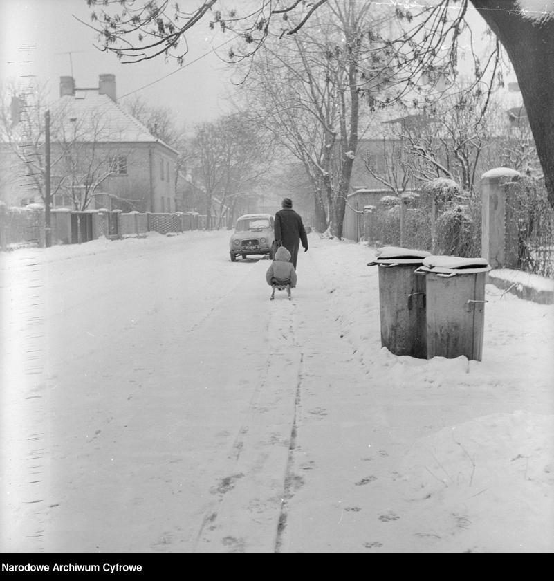 """Obraz 2 z kolekcji """"Zima w mieście"""""""