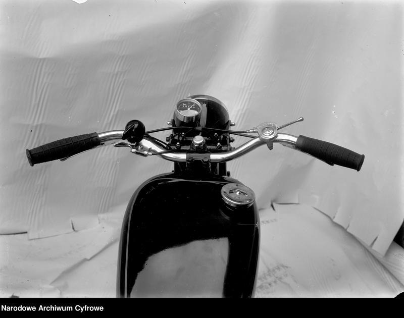 "Obraz 5 z jednostki ""Motocykle"""