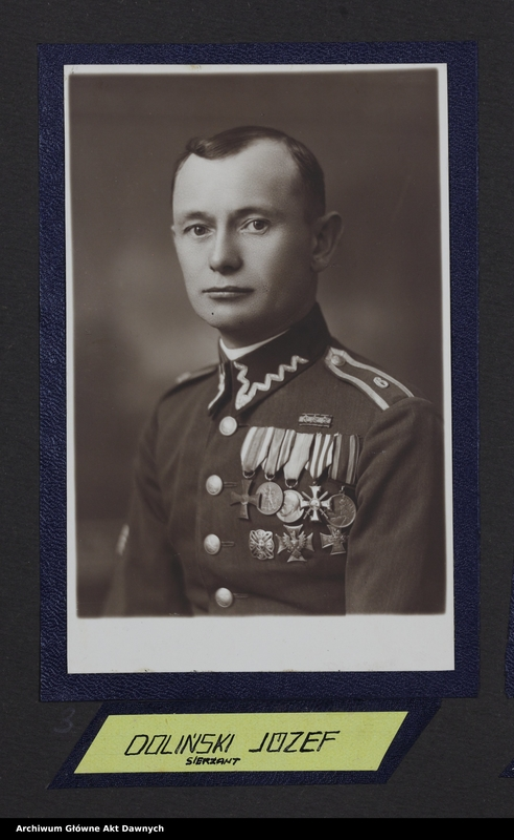 """Obraz 11 z jednostki """"Zbiór fotografii. Album Korpus podoficerów zawodowych 6 pułku piechoty Legionów. Wilno 28 VII 1934."""""""
