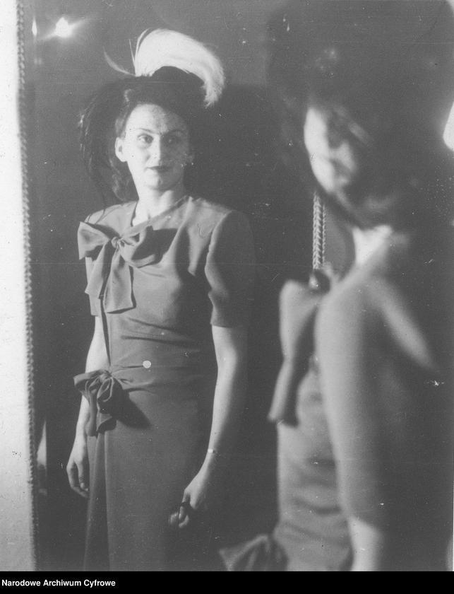 """Obraz 7 z kolekcji """"Moda damska lata 1940"""""""