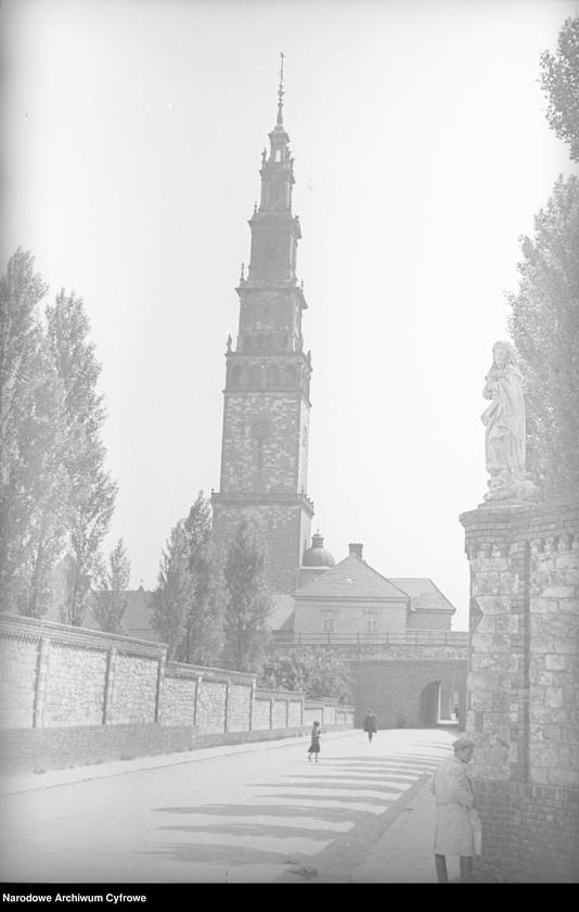 Obiekt Przejście wzdłuż muru klasztornego. z jednostki Częstochowa