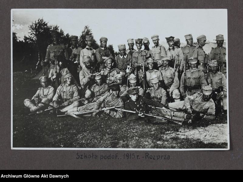 """Obraz 13 z jednostki """"Zbiór fotografii Album 6 pułku piechoty Legi/onów/."""""""