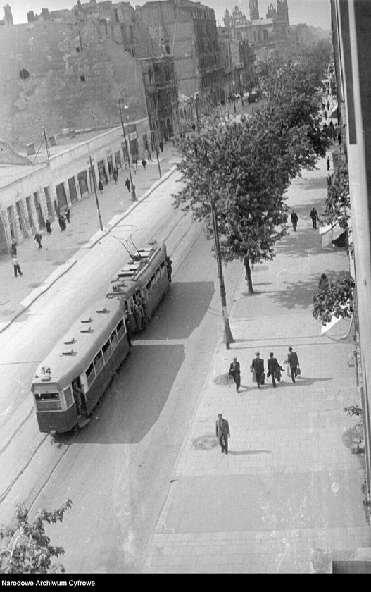 """Obraz 4 z jednostki """"Tramwaje na ulicach Warszawy"""""""