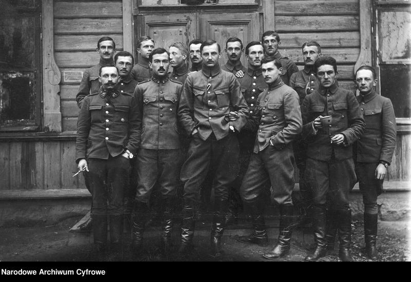"""Obraz z jednostki """"Oficerowie 6 batalionu Legionów Polskich w Branowiczach"""""""