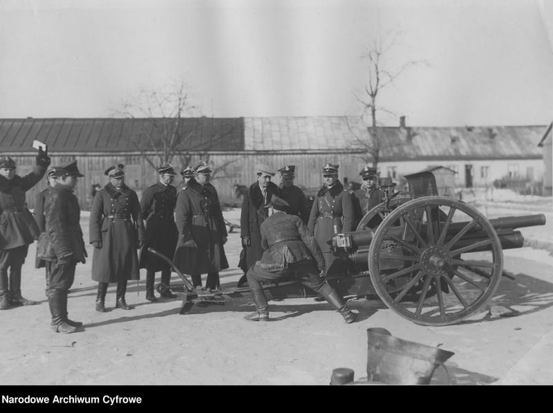 """Obraz 4 z jednostki """"Wizyta posła Afganistanu Shah Khan Wali w 1. Pułku Szwoleżerów i 1. Dywizjonie Artylerii Konnej w Warszawie"""""""
