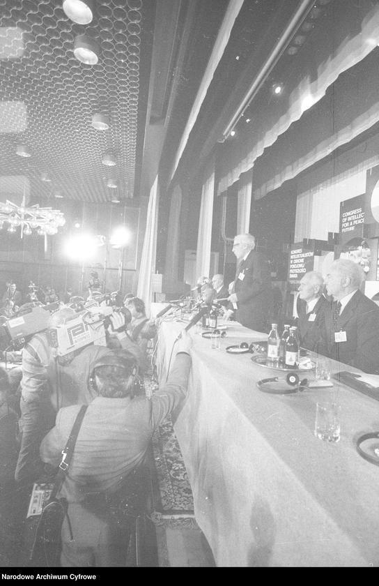 """Obraz 9 z jednostki """"Kongres Intelektualistów w Obronie Pokojowej Przyszłości Świata w Hotelu Victoria w Warszawie"""""""
