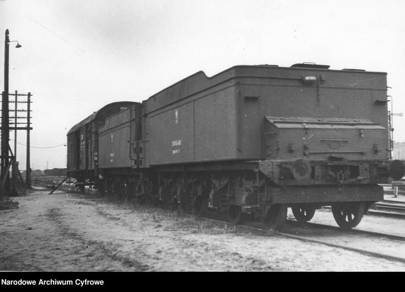 """Obraz z jednostki """"Wagony kolejowe i parowozy"""""""