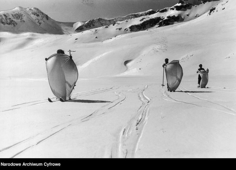"""Obraz 1 z jednostki """"Turystyka narciarska w Dolinie Pięciu Stawów w Tatrach"""""""