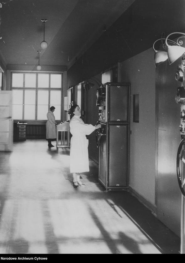 """Obraz 19 z kolekcji """"Kobiety w nauce"""""""
