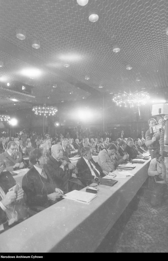"""Obraz 11 z jednostki """"Kongres Intelektualistów w Obronie Pokojowej Przyszłości Świata w Hotelu Victoria w Warszawie"""""""