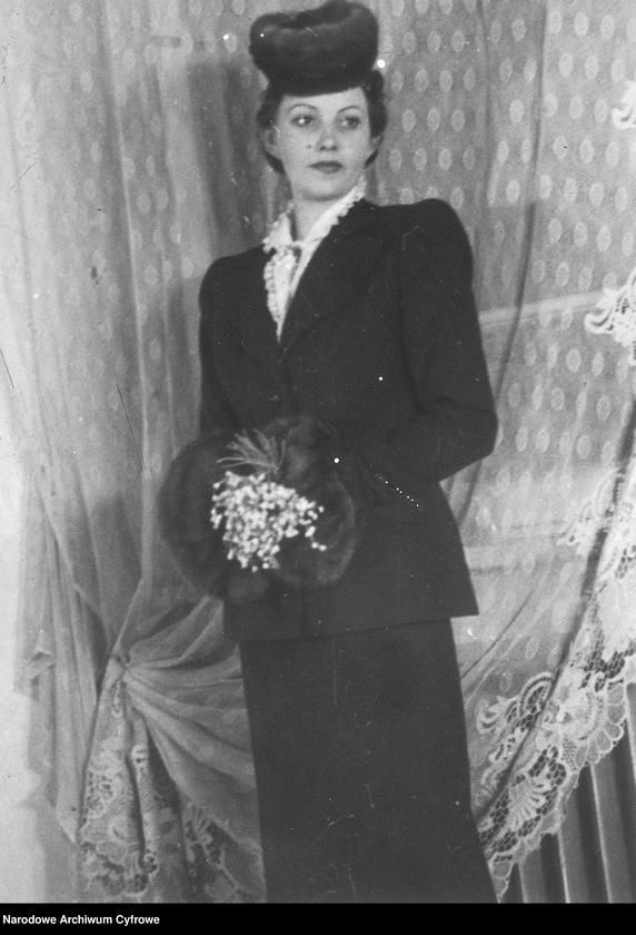 """Obraz 10 z kolekcji """"Moda damska lata 1940"""""""