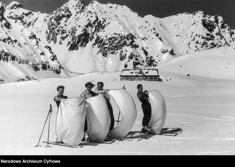 """Obraz 2 z jednostki """"Turystyka narciarska w Dolinie Pięciu Stawów w Tatrach"""""""