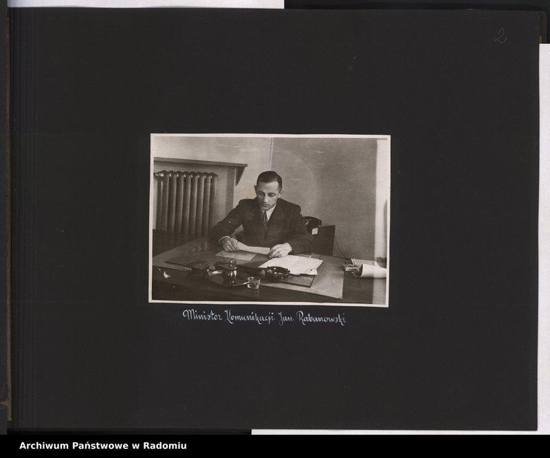"""Obraz 3 z jednostki """"[Album fotograficzny dokumentujący reaktywowanie krajowych połączeń lotniczych przez Polskie Linie Lotnicze """"Lot""""]"""""""