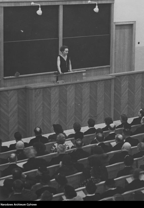 """Obraz 20 z kolekcji """"Kobiety w nauce"""""""